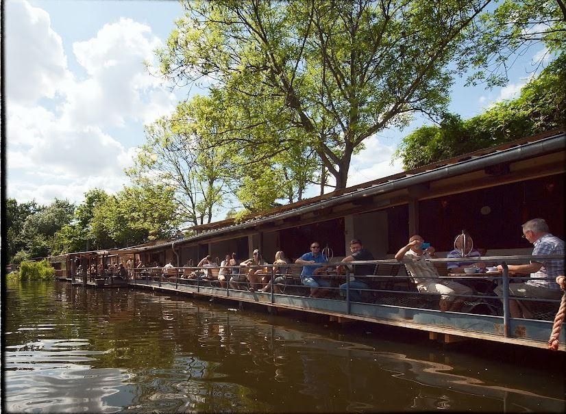 """(c) Restaurant """"Der Freischwimmer"""", Berlin"""